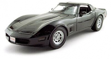 12546BK 1982 Chevrolet Corvette Coupe, black 1:18