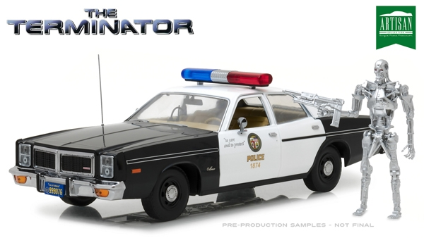 19042 The Terminator (1984) - 1977 Dodge Monaco Metropolitan Police with T-800 Endoskeleton Figure 1:18