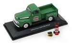 467431 1948 Ford F1 Green Pickup with 2 Bottle cases and hand cart 1:43