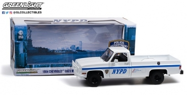 13561   1984 Chevrolet CUCV M1008 - New York City Police Department (NYPD) 1:18