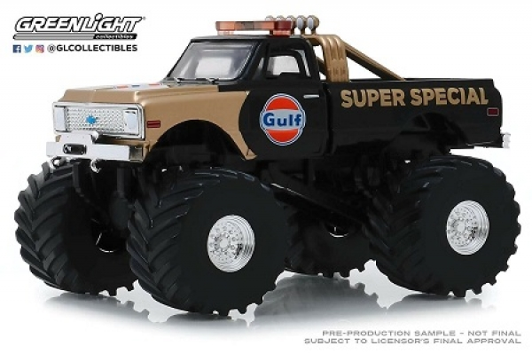 88013 Kings of Crunch - Gulf Oil Super Special - 1971 Chevrolet K-10 Monster Truck (with 66-Inch Tires) 1:43